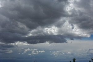 storm-355103_640